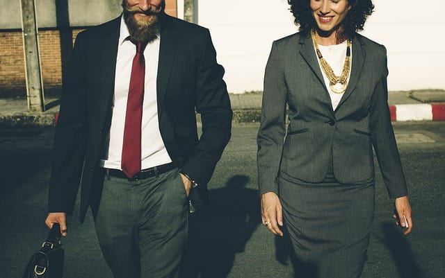 Couples working towards the same goal tend to thrive (Pexels)